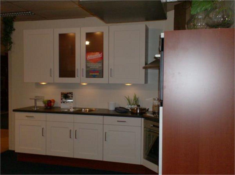 budgetkeuken highwood 35781. Black Bedroom Furniture Sets. Home Design Ideas