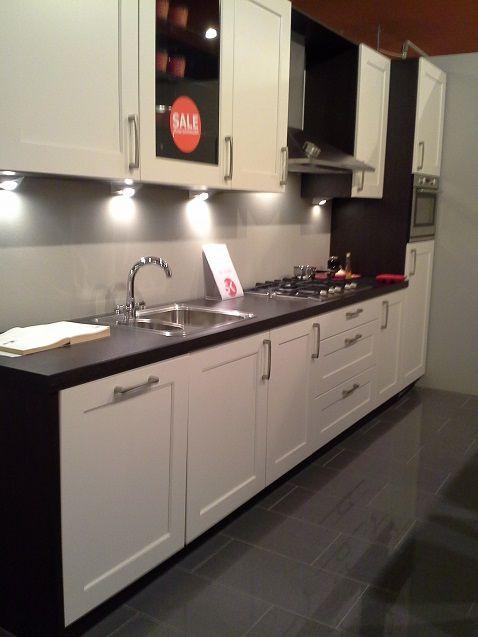 budgetkeuken luxe klassiek moderne keuken highwood 45002. Black Bedroom Furniture Sets. Home Design Ideas