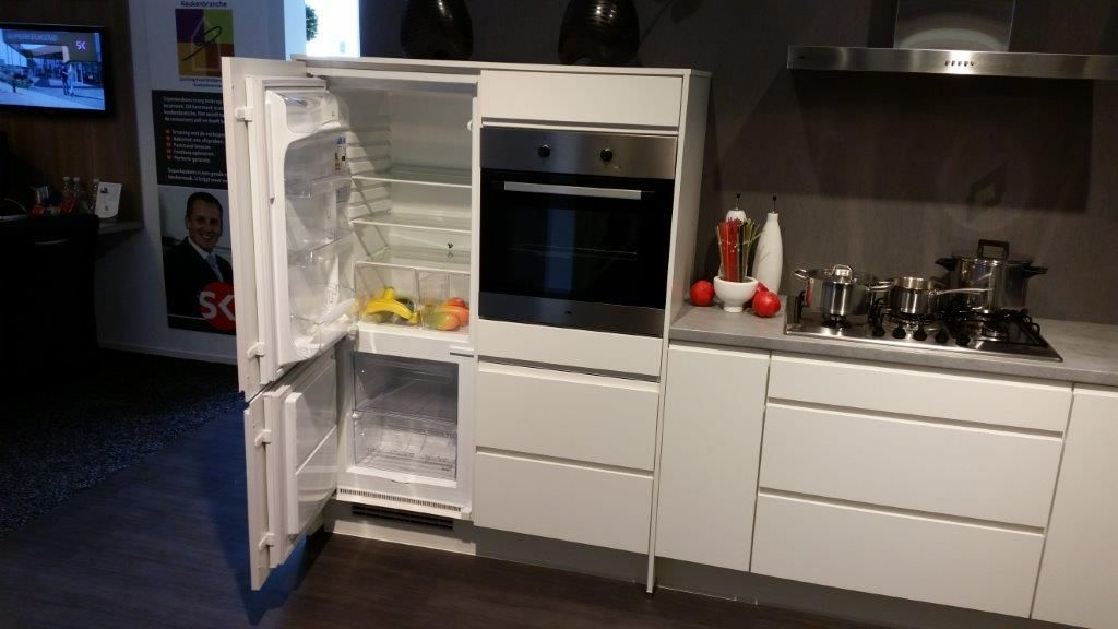 Budgetkeuken   Witte greeploze keuken [53043]