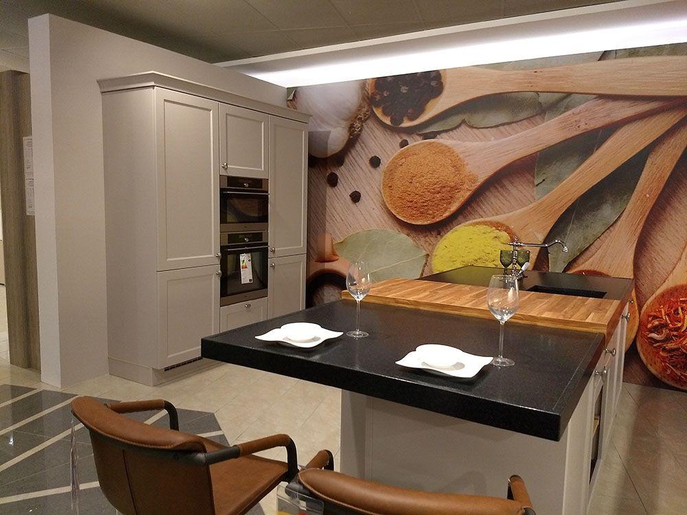 Budgetkeuken chalet landelijke keuken met granieten blad